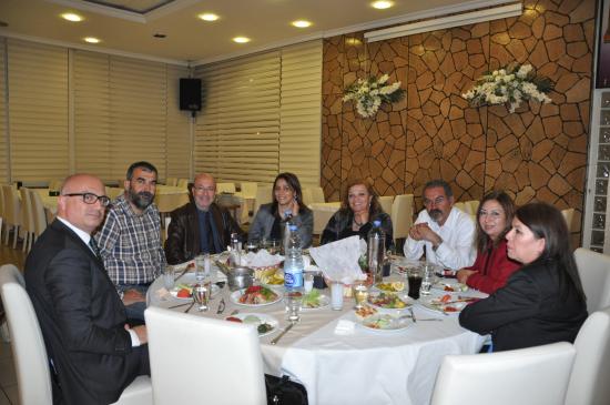 Tarsus Barosu Avukatları Yemekte Buluştu
