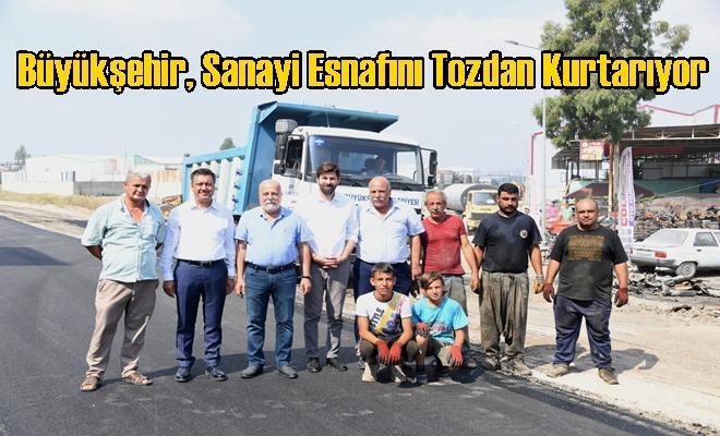 Büyükşehir, Sanayi Esnafını Tozdan Kurtarıyor
